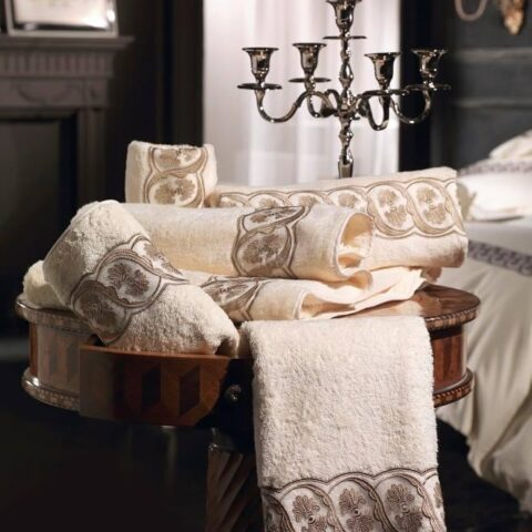 0. Designer Luigi Giannetta Bathroom linen Luxury Home Design