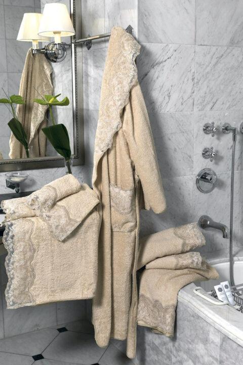 02. Designer Luigi Giannetta Bathroom linen Luxury Home Design