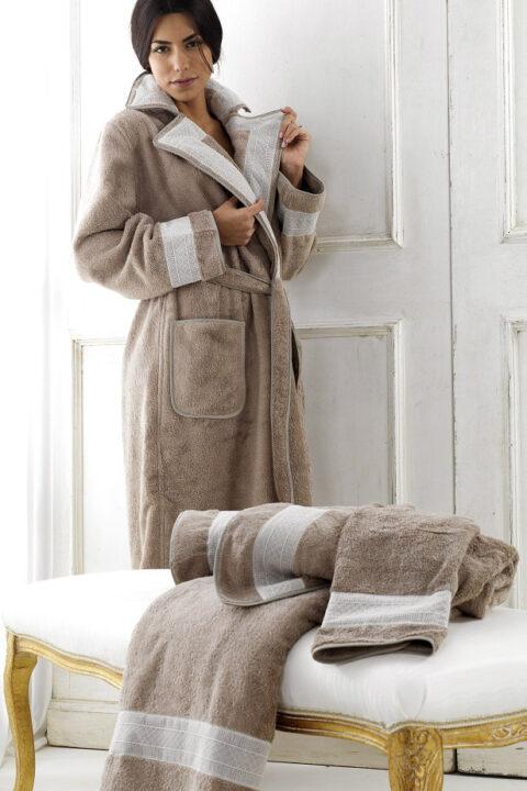 06. Designer Luigi Giannetta Bathroom linen Luxury Home Design