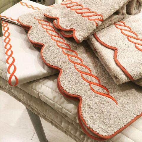 07. Designer Luigi Giannetta Bathroom linen Luxury Home Design