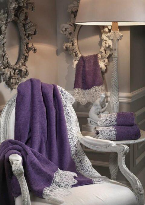 12. Designer Luigi Giannetta Bathroom linen Luxury Home Design